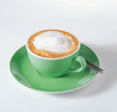 http://www.kava-online.cz/wp-content/uploads/2007/06/zeleny_salek_s_cappuccinem.jpg