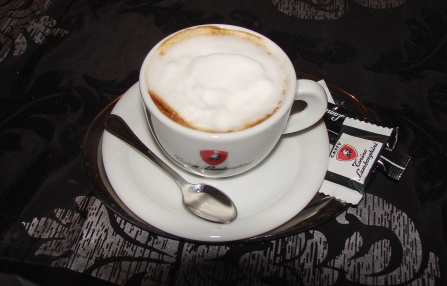 coffee-house-cappucino.jpg